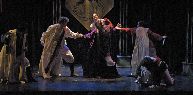 a review of shakespeares play julius caesar Essays and criticism on william shakespeare's julius caesar - critical essays the elizabethan audience knew the particulars of events such as the assassination of julius caesar shakespeare in the play julius caesar.