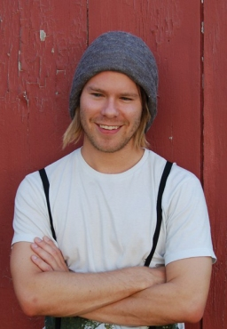These Randy Harrison photos were taken during an interview.