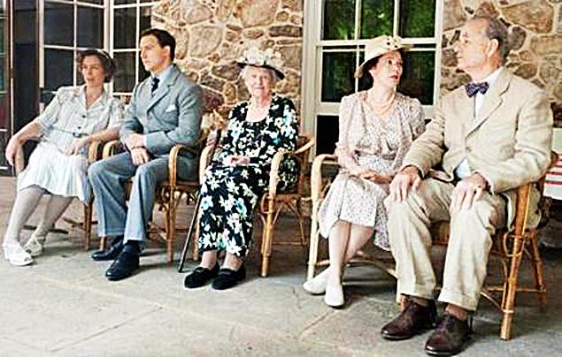 (l to r) Olivia Williams, Samuel West, Elizabeth Wilson, Olivia Colman, and Bill Murray in Hyde Park on Hudson.
