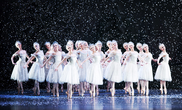 The Snowflakes dance.