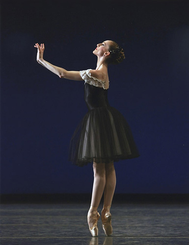 Wendy Whelan in Balanchine's Mozartiana.