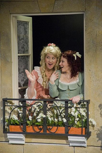 Alexandra Lincoln as Clarice (l) and Emily Rose Ehrlinger as Lucrece (r). Kevin Sprague Photo.