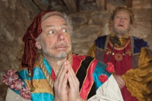 Jonathan Epstein as the Jester and Robert Lohbauer as the King.