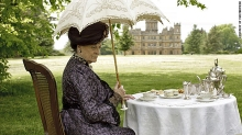 Due to snow, Dame Maggie Smith will not be able to have tea outside at Ventfort Hall.