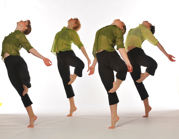 Ellen Sinopoli Dance Company at The Egg. Photo by Gary Gold.