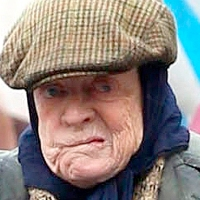 """Maggie Smith plays against type in """"The Lady in the Van"""" - a brilliant British comedy based on real life"""
