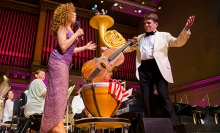 Bernadette Peters helps  Keith Lockhart's celebrate his 20th year with the Boston Pops.  Winslow Townson photo.