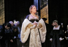 Sondra Radvanovsky in the title role of Donizetti's Anna Bolena. Photo by Ken Howard/Metropolitan Opera.