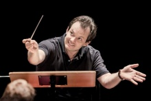 A playful Andris Nelsons has created this remarkable Shakespeare series. Photo by Gabriel Judet Weinshel.