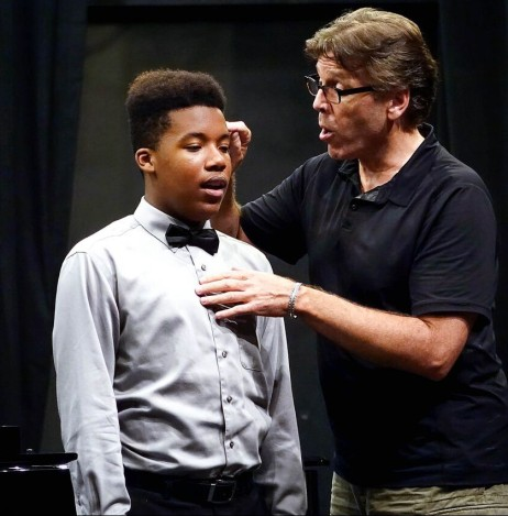 Baritone Thomas Hampson helps a student produce the clearest sound.