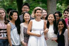 Violinist Anne-Sophie Mutter up close and personal with her students.