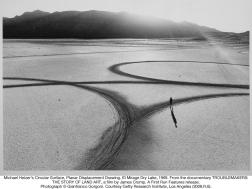 Michael Heizer's Circular Surface, Planar Displacement Drawing, 1969, El Mirage Dry Lake. Photo by Gianfranco Gorgoni.