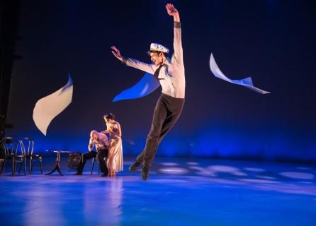 """Zachery Kapeluck of BalletX in """"Sunset, o639 Hours""""; photo Alexander Iziliaev"""