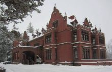 Ventfort Hall shoulders the snows of winter with dignity.